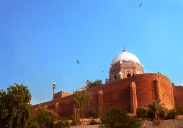 dating places in multan Compare all multan hotel deals at once up to 80% off view maps, photos and guest reviews on 8 hotels in multan, pakistan best price guaranteed.